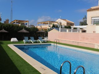 Lovely 3 bedroom house with communal swimming pool, San Miguel de Salinas