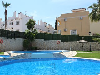 Luxury 2 bed apartment in beautiful gated complex