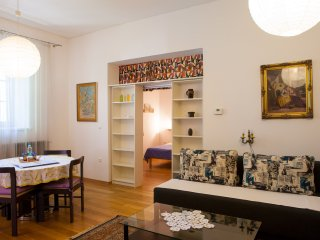 Central Apartment Vita TourAs, free AC and WiFi