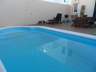 Casa con piscina privada en el pueblo de Umbrete