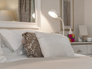 You're guaranteed a great night's sleep at The Old Smithy Loft, our central Bath apartment.