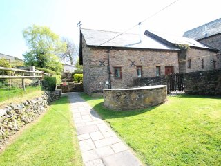 Yenworthy Mill, Countisbury - Yenworthy Mill sleeps 10 guests in a stunning