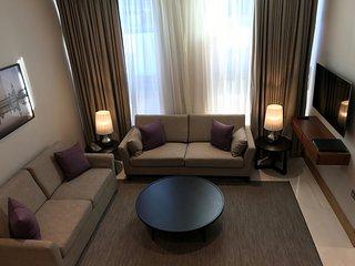 Two bedroom mezzanine apartment - Sanctum, Belsize Road, Londres