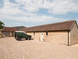 The Stables - rural cottage close to Wittering Beach