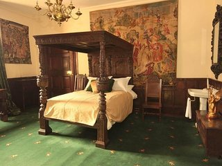 Appleby Castle - The Vipont Bedroom