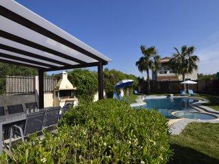 Villa Ifigeneia   with private pool, Acrotiri
