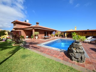 Villa Alina - private pool, BBQ, wifi, Puerto de la Cruz
