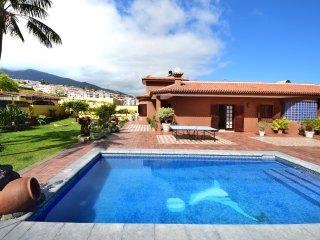 Villa Alina - private pool, BBQ, wifi