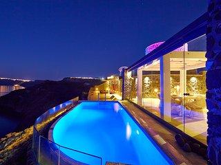 Cavo Ventus Luxury Villa