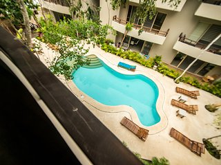Tropical Penthouse in Aldea Zama for 6! Pool & Jacuzzi, Tulum