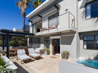 3 bedroom Speciality in Green Point, Province of the Western Cape, South Africa