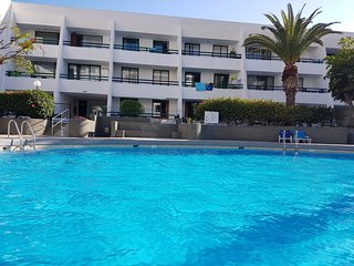 Casa Palmera 2 only 150 meters to the beach, heated pool, Wifi, aircondition