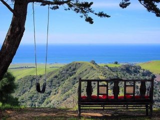 Hill Top Estate With Views Of The Central Coast, Cambria