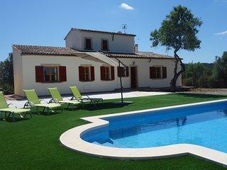 Casa acogedora con piscina, wifi y vista mar