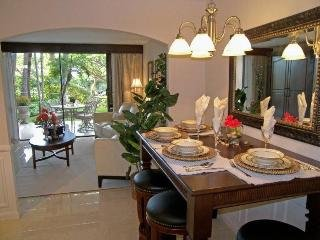 'BEST LOCATION AND PRICE' Feels and designed like a Resort Suite., Wailea