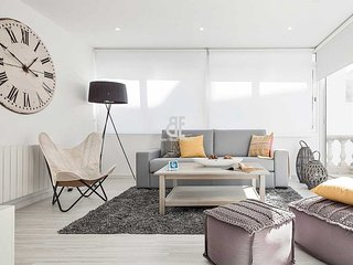 Be Apartment - Beautiful luxury apartment with a chill out area. 2 bedrooms and