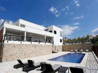 4 bedroom Villa in L Ampolla, Costa Daurada, Spain : ref 2372024