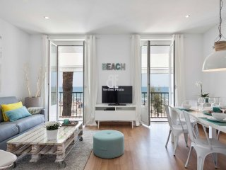 Be Apartment - Elegant and bright apartment with sea views. 2 bedrooms and 2 bat