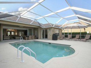 Stunning 3 Bedroom 2 Bath Pool Home in Naples Briarwood Gated Community. 1040TL, Napoli
