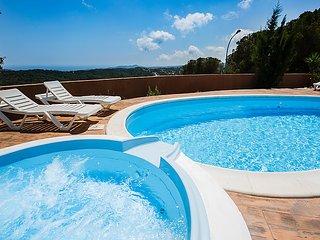 4 bedroom Villa in Caulés, Catalonia, Spain : ref 5040084