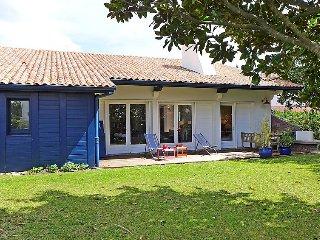 4 bedroom Villa in Saint-Jean-de-Luz, Nouvelle-Aquitaine, France : ref 5050109