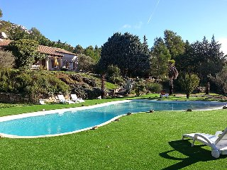 4 bedroom Villa in Belcodene, Provence, France : ref 2372234