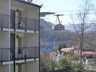 Downtown Gatlinburg 1 Bedroom 1 Bath Condo.  Park & Walk to all the attractions!