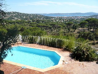 4 bedroom Villa in Sainte-Maxime, Provence-Alpes-Côte d'Azur, France : ref 50518
