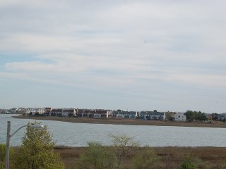 Beautiful Bay and Inlet Views in Brigantine