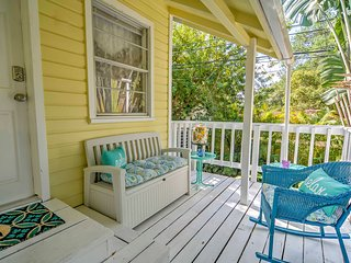 NEW!2BR Largo Apartment w/Outdoor Oasis & Swim Spa
