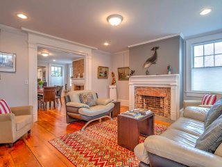 Modern & Updated Downtown Greenport Apt w/Porch!