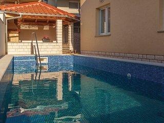 3 bedroom Apartment in Crikvenica, Crikvenica, Croatia : ref 2376191