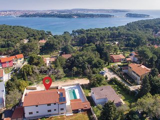5 bedroom Villa in Premantura, Premantura, Croatia : ref 2376503