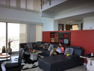 Luxurious Penthouse in Cartagena/Free Breakfast
