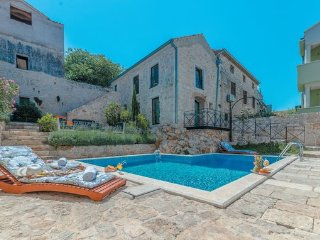 9 bedroom Villa in Pasman-Tkon, Island Of Pasman, Croatia : ref 2376679