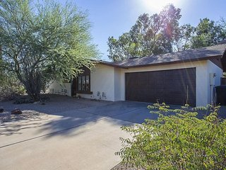 NEWLY Remodeled 4 bedroom house in Scottsdale