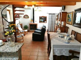 Beautiful countryhouse with a pool in Alaro for 6 persons