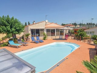 4 bedroom Villa in Tarascon, Bouches Du Rhone, France : ref 2377202