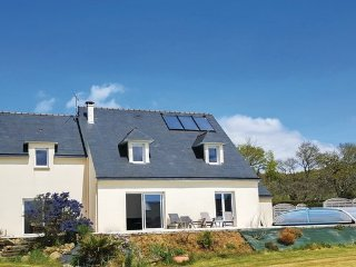 6 bedroom Villa in Lanveoc, Finistere, France : ref 2377415