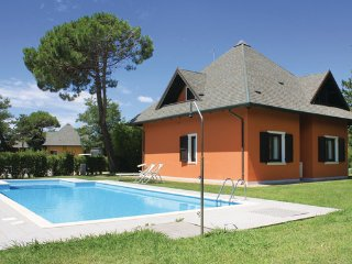4 bedroom Villa in Albarella, Veneto Coast, Italy : ref 2378053