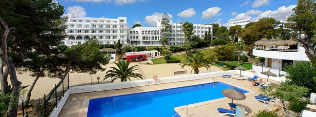 2 bedroom Apartment in Cala D Or, Mallorca, Mallorca : ref 2378718