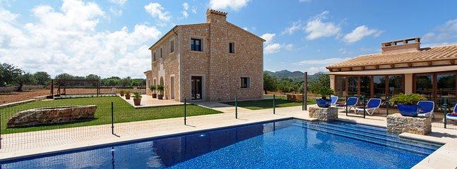 4 bedroom Villa in Cala D Or (s Horta), Mallorca, Mallorca : ref 2378720
