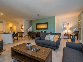 Mod 5BR 5.5Bath (4 Ensuite) SOLTERRA pool home w/2King 2Queen 1Full from $183/nt