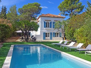5 bedroom Villa in Cavalaire, Cote d Azur, France : ref 2379400
