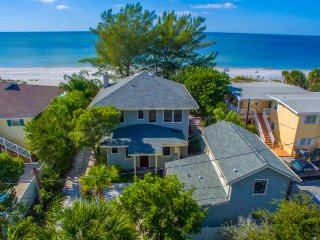 Coquina Beachfront Haven by BeachhouseFL  - Last Minute Discounts! Beachfront