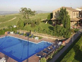 17 bedroom Villa in Cialabrone, Tuscany, Italy : ref 5477763