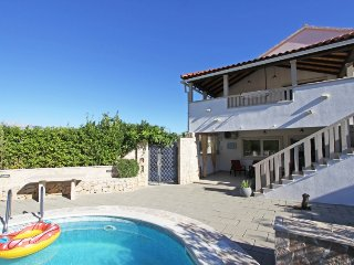 7 bedroom Villa in Selca, Splitsko-Dalmatinska Zupanija, Croatia - 5296351