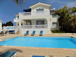 Villa Dioni in Coral Bay
