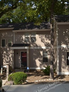 165CordLn DeSoto Courts | West Gate Area | Townhome | Sleeps 5