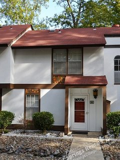 125EmpeWy | Desoto Courts | Townhome | Sleeps 4